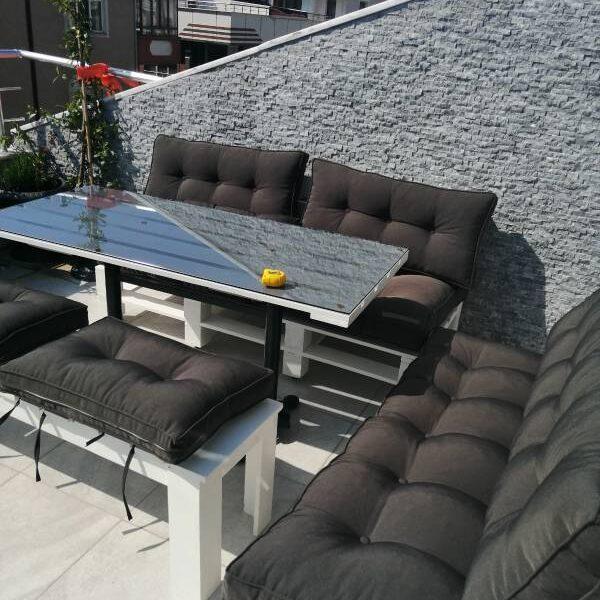 palet balkon koltuk ve masa