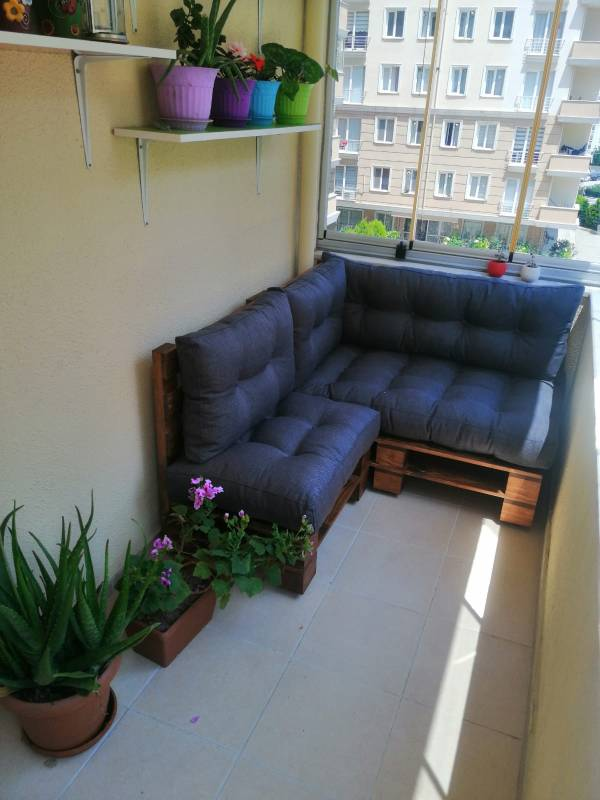 palet koltuktan sonra balkon