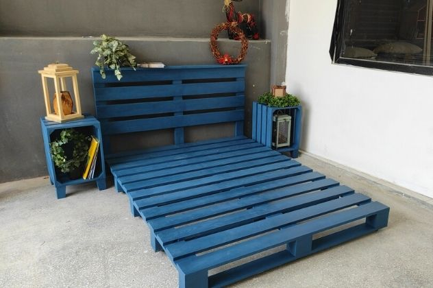 mavi palet yatak modeli