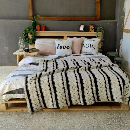 palet yatak çift kişilik